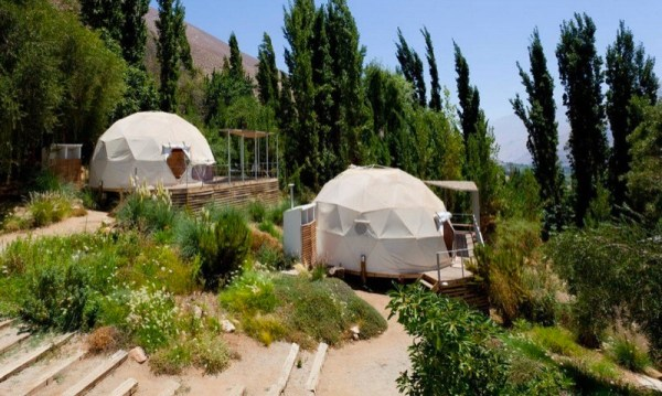 astronomical-domes-star-gazing-hotel-elqui-domos-chili-001