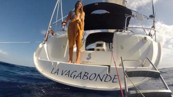australian-couple-traveling-world-sailboat-003