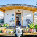 barge-tiny-house-airbnb-vacation-rental-01