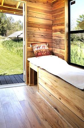 barn-style-tumbleweed-epu-tiny-house-02