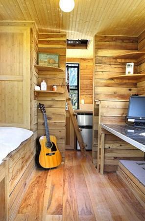 barn-style-tumbleweed-epu-tiny-house-03
