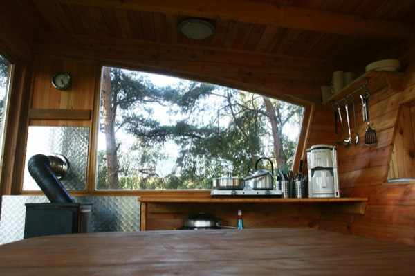 baumraum-treehouse-tiny-home-for-scouts-005