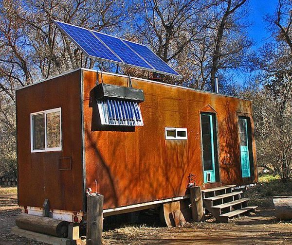 bens-shopdog-steely-cottage-off-grid-solar-tiny-house-0001