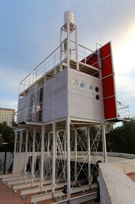 billboard-tiny-house-project-julio-gomez-trevilla-0001
