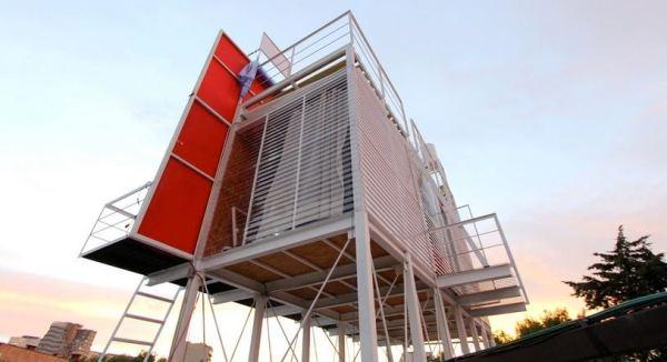 billboard-tiny-house-project-julio-gomez-trevilla-0002