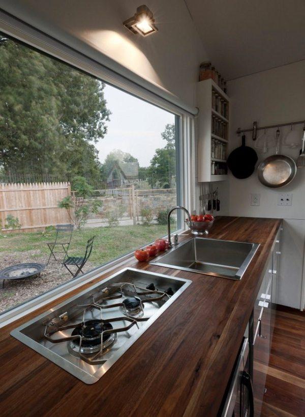 brian-levys-minim-homes-tiny-house-on-wheels-004