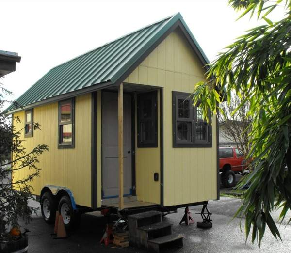 Bungalow to Go: Tiny House Two (1)