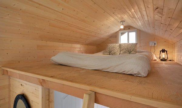 cabin-in-the-woods-tiny-house-by-tiny-living-homes-0011