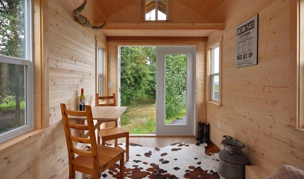 cabin-in-the-woods-tiny-house-by-tiny-living-homes-007