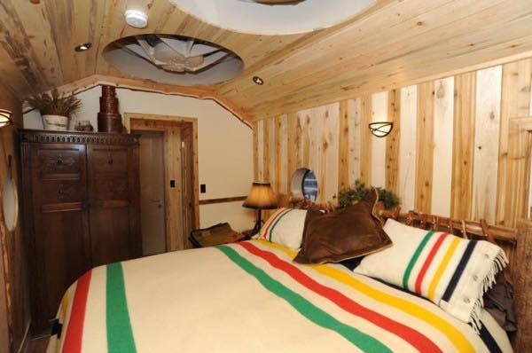caboose-tiny-house-vacations-in-essex-montana-008