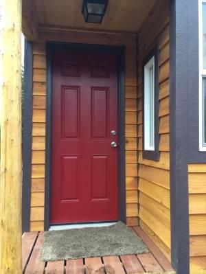 caretakers-cabin-by-tiny-portable-cedar-cabins-002