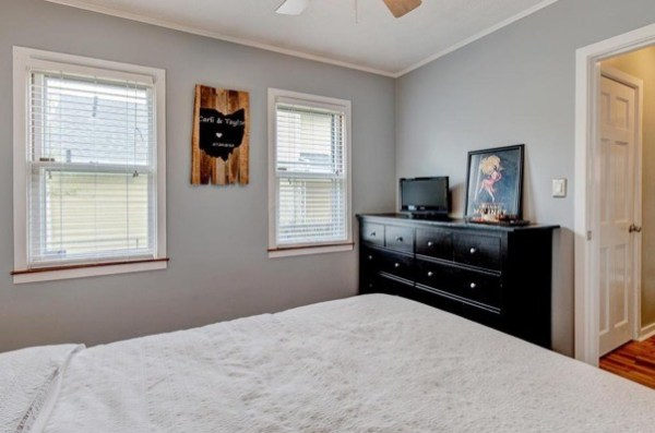 columbus-ohio-cottage-for-sale-with-garage-and-finished-basement-0013
