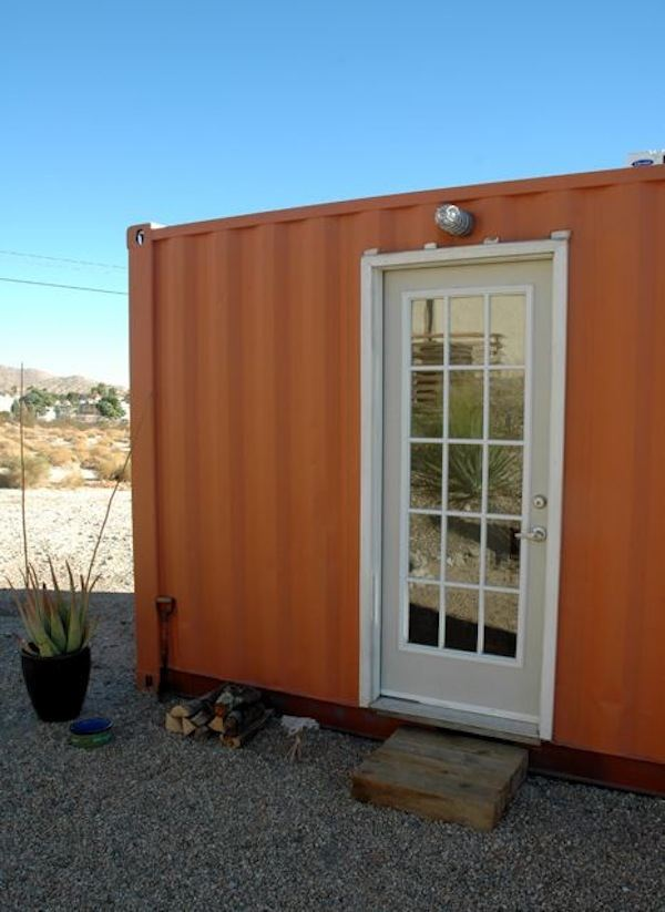 container-to-backyard-office-conversion-with-micro-kitchen-002