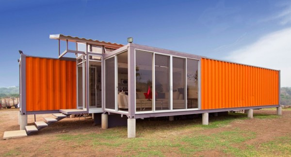containers-of-hope-tiny-houses-03