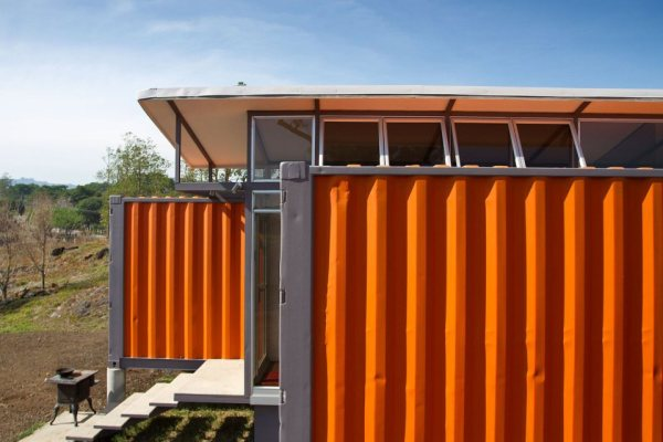 containers-of-hope-tiny-houses-18