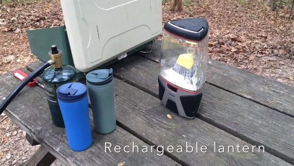 couple-convert-minivan-into-DIY-camper-010