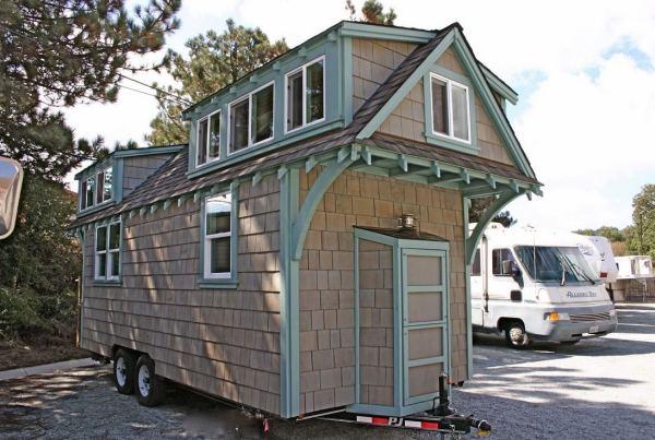 craftsman-style-bungalow-molecule-tiny-home-003
