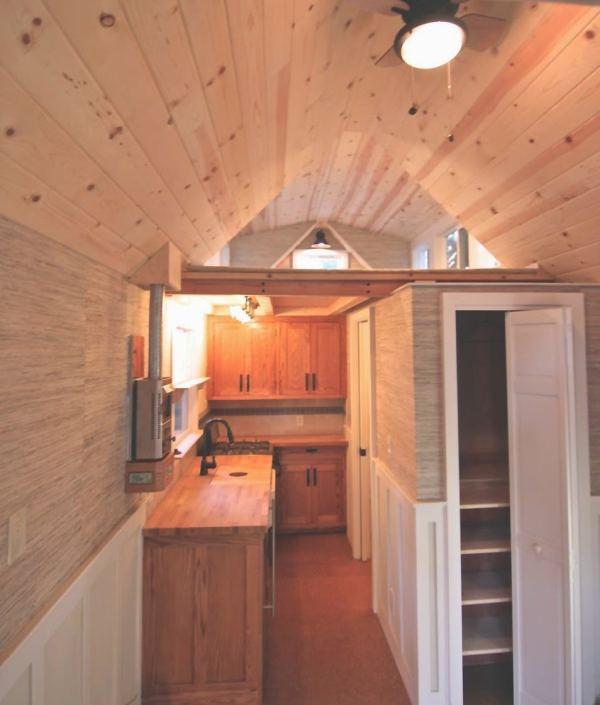 craftsman-style-bungalow-molecule-tiny-home-005