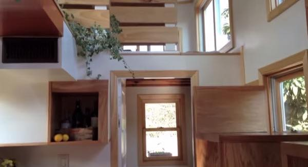 creative-tiny-house-on-wheels-with-two-sleeping-lofts-0010