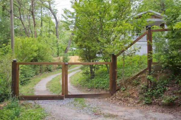 crescent-moon-cottage-near-asheville-017
