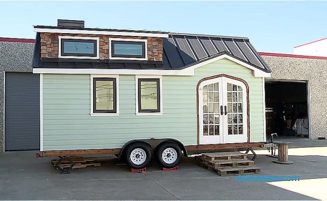 Dallas Couple Builds A Tiny House