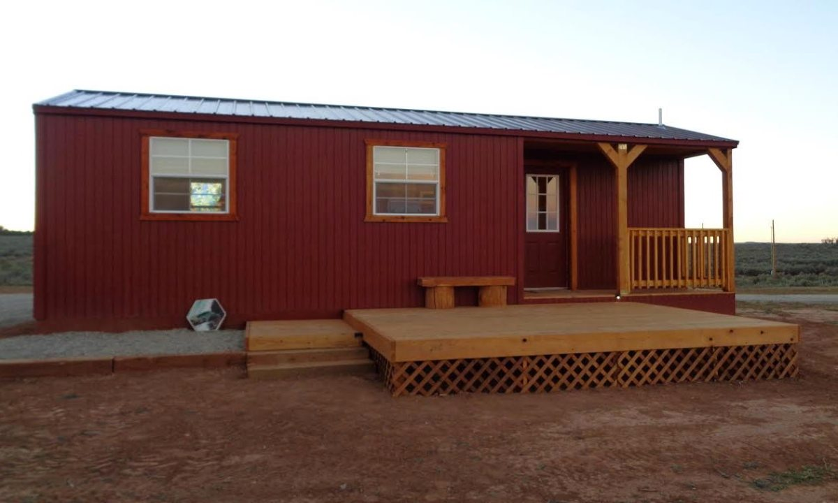 Daughter And Son In Law Build Tiny Home For Dad