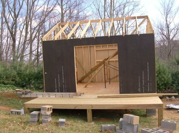 deputy genes small cabin 4 weeks into construction - How To Build Small Houses