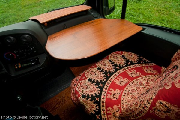 dipa-vasudeva-das-work-van-to-tiny-cabin-conversion-diy-motorhome-0018