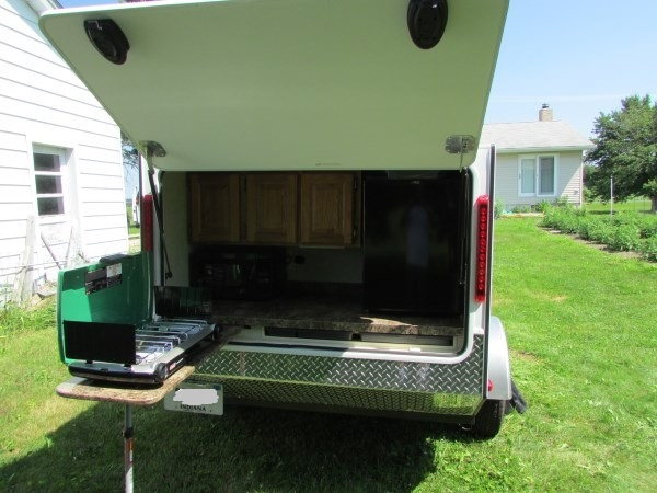 Diy micro camping trailer i built for cheap for Contracting your own home
