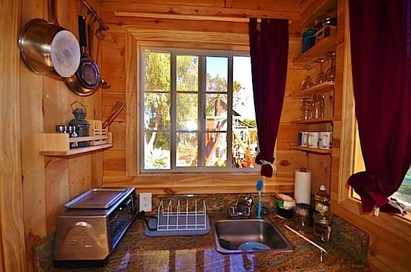 150 Sq Ft Tiny House Vacation in Encinitas California
