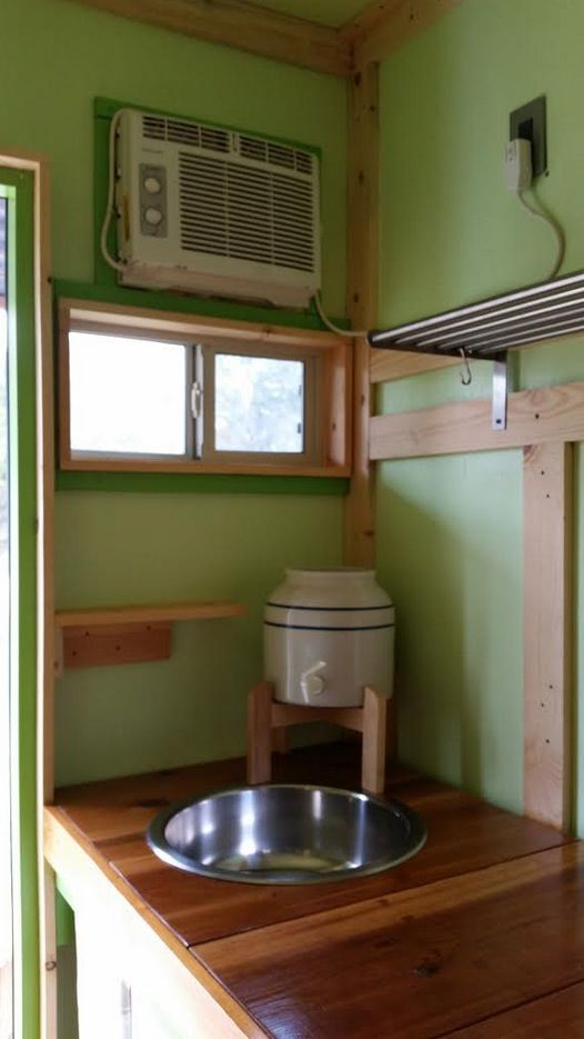 ethan-and-kelseys-tiny-house-on-wheels-for-sale-010