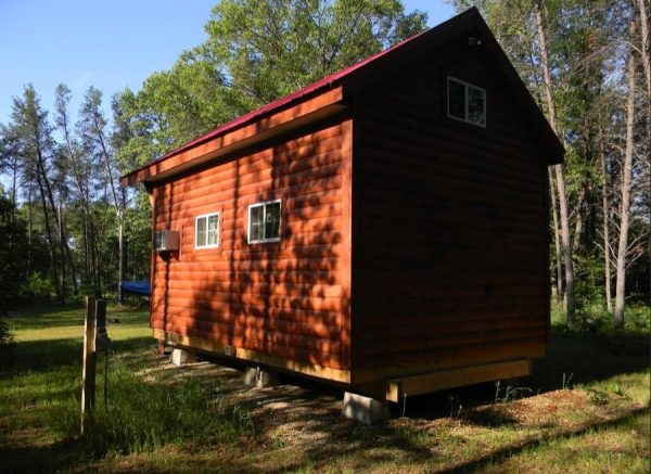 father-son-392-sq-ft-tiny-cabin-for-sale-002