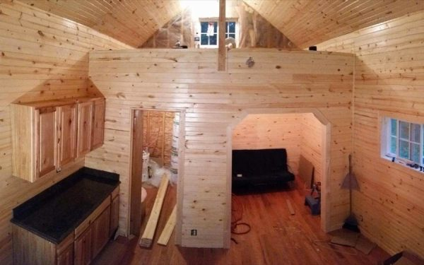 father-son-392-sq-ft-tiny-cabin-for-sale-007