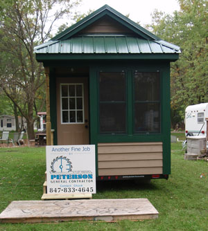 front-of-tiny-house