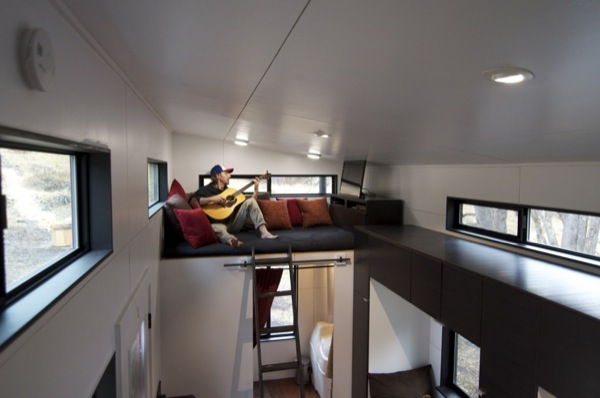 gabriella-and-andrew-modern-tiny-house-build-0028