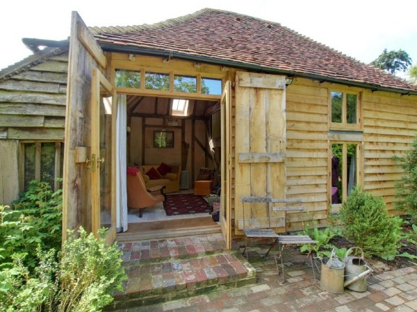 Restored Tiny Garden Cottage in England
