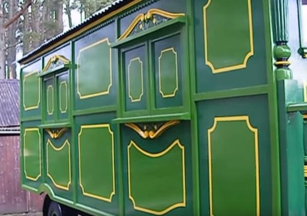 green-wagon-004