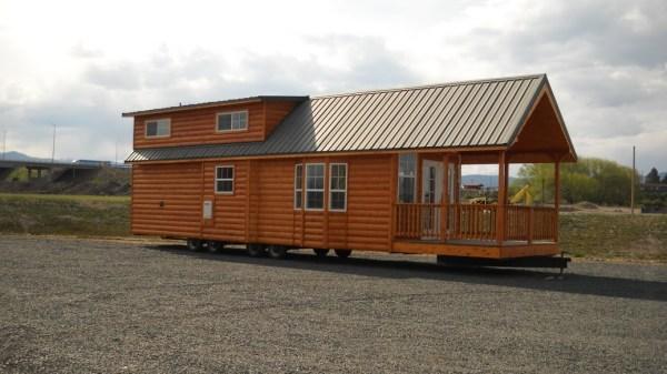gromer-park-model-tiny-house-by-rich-daniels-0010