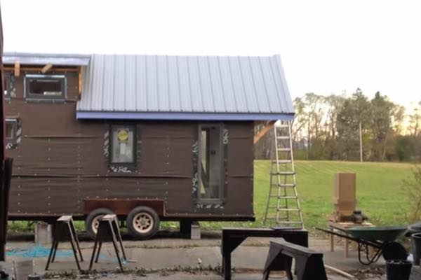 hammerstone-school-hands-on-tiny-house-carpentry-for-women-004