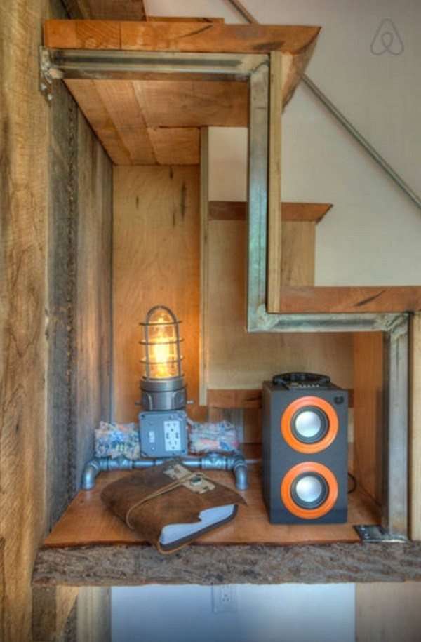 hip-tiny-house-vacation-in-austin-texas-00010