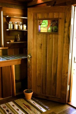humble-hands-craft-tiny-house-by-ryan-o-donnell-007