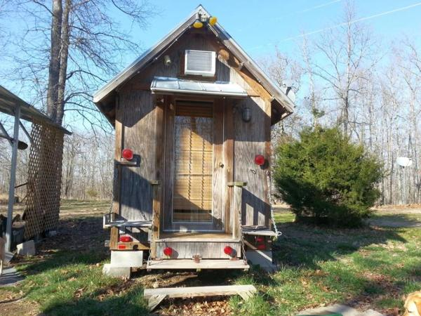 jackie-ruth-brown-koson-hobbit-house-tiny-house-for-sale-001