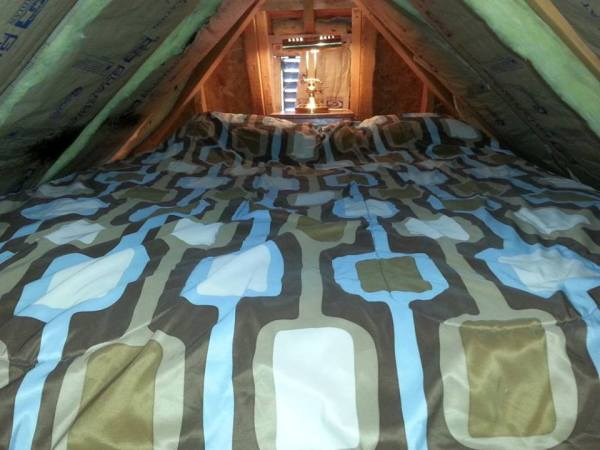 jackie-ruth-brown-koson-hobbit-house-tiny-house-for-sale-0024