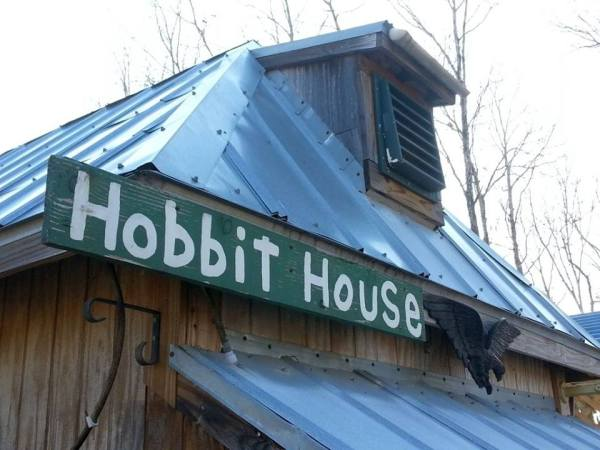 jackie-ruth-brown-koson-hobbit-house-tiny-house-for-sale-0043