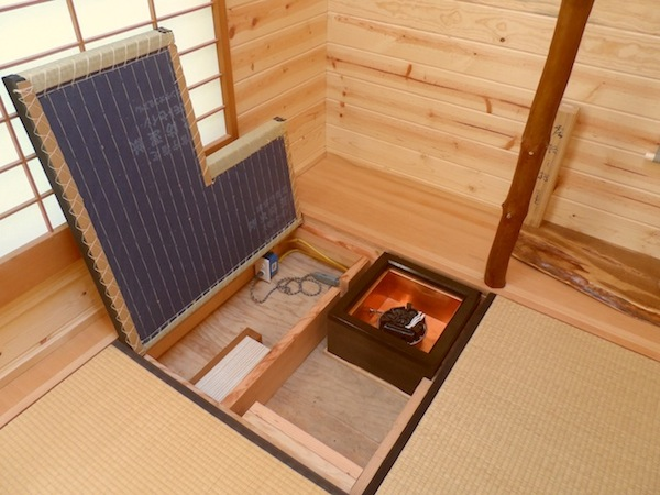 japanese-style-tiny-house-by-oregon-cottage-company-4