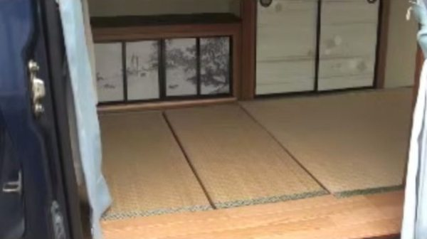 japanese-zen-van-dwelling-00016