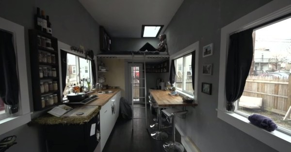 jay-austins-140-sq-ft-matchbox-tiny-home-on-wheels-004