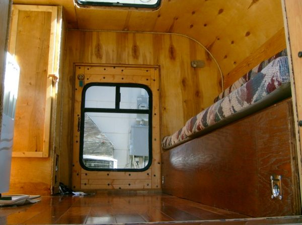 jayco-pop-up-trailer-to-teardrop-camper-conversion-003