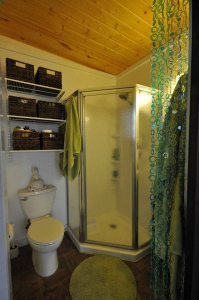 kanga-280-sq-ft-tiny-home-in-the-city-12