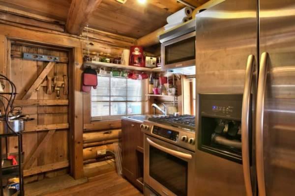 lake-tahoe-log-cabin-smallhousebliss-006
